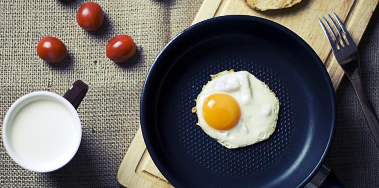 Hãy vào bếp và thử ngay những công thức làm trứng ốp la cực ngon này!